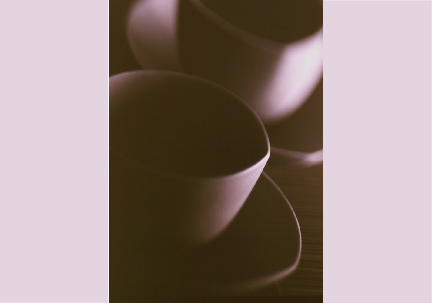 schwarze-Tassen-brauner